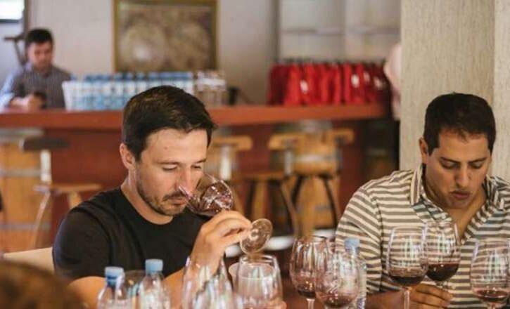 A ciegas: 75 enólogos eligen los mejores vinos del país